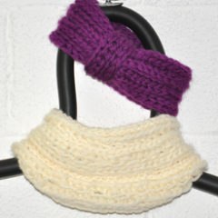 K08_Pinky_Knits_Box_purplenwhite.png